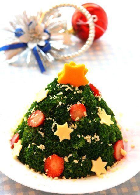Học cách làm cây thông Giáng sinh từ bông cải xanh