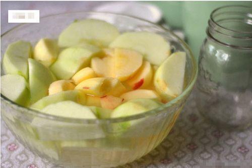 Tự làm mứt táo thơm ngon