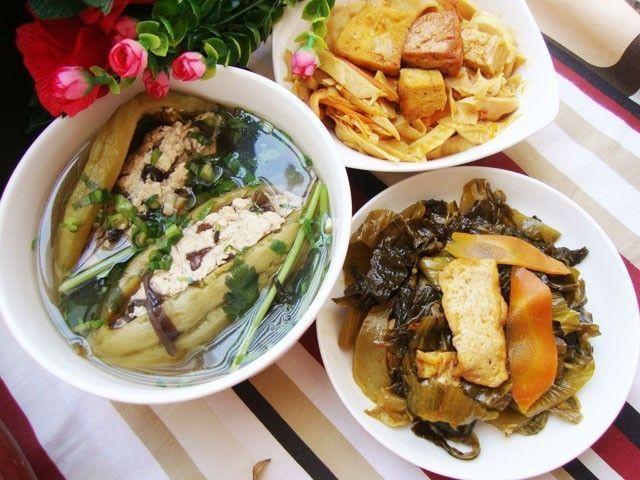 Măng kho, canh khổ qua cho thực đơn ngày ăn chay