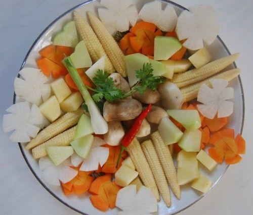 Cách nấu canh thập cẩm củ quả chay ngon ngọt