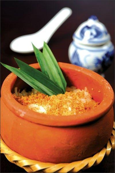 Món chay cơm niêu Thái