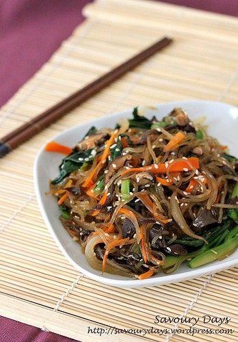 Japchae – Miến xào chay kiểu Hàn Quốc