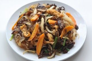Món chay : Miến xào kiểu Thái .