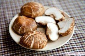 Cách làm mì căn xốt nấm