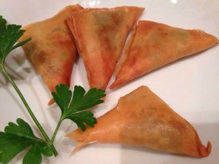Món chay: Sa-mô-sa (Samosas Ấn Độ)