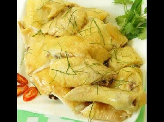 Cách làm món gà hấp sả cho bữa cơm cuối tuần ấm cúng