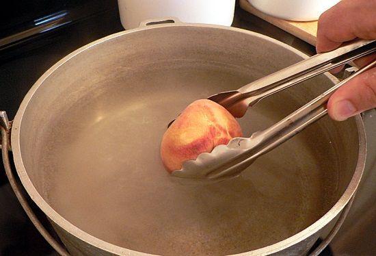 Cách làm bánh gato nhân đào ngon tuyệt