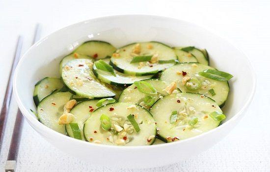 Cách làm salad dưa chuột kiểu Thái