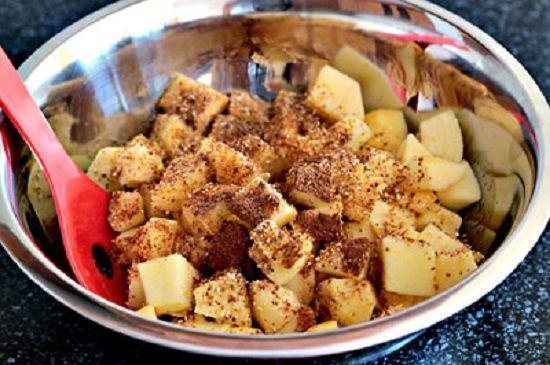Cách làm món bánh crepe nhân táo đơn giản nhất