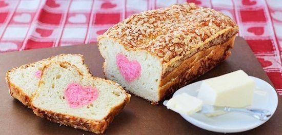Cách làm bánh mì nhân hình trái tim cực đơn giản
