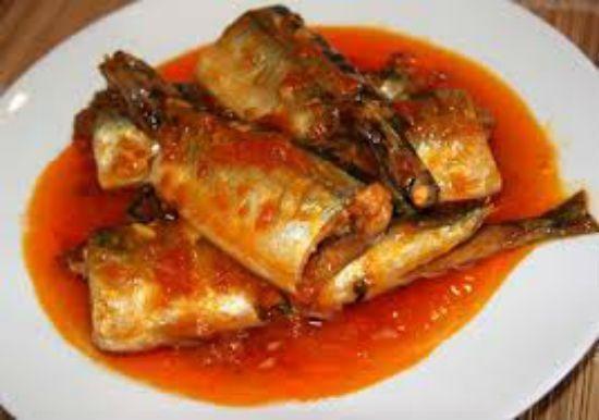 Cách làm đơn giản cho món cá trích sốt cà chua tuyệt ngon