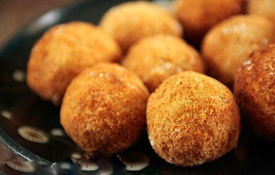 Cách làm món bánh khoai lang chiên phồng thơm ngon, bắt mắt