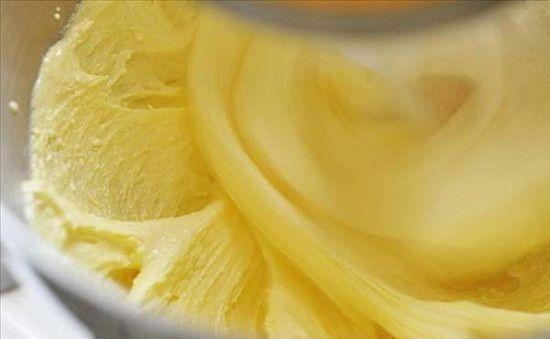 Cách làm kem bánh gato có màu