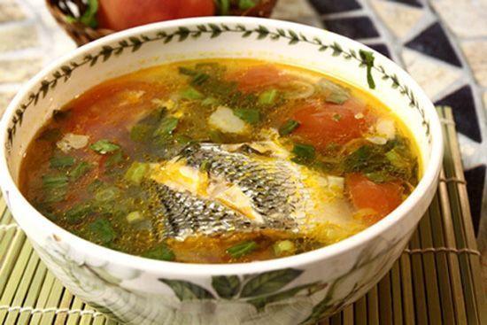 Canh cá nấu chua dễ ăn mát ruột