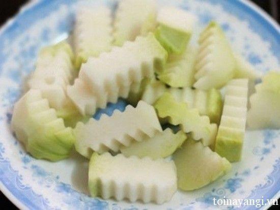 Cách nấu món canh sườn su hào đơn giản
