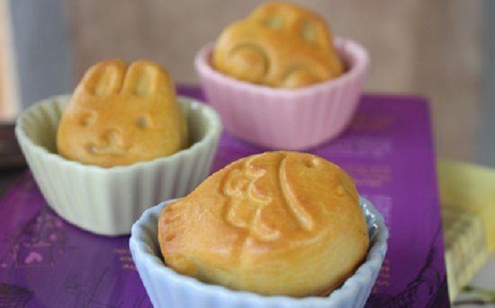 Cách làm bánh Trung thu hình ngộ nghĩnh cho bé yêu
