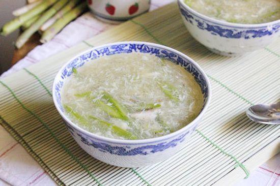 Các cách nấu món súp đơn giản cho bé