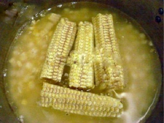 Cách nấu chè bắp bằng nồi cơm điện