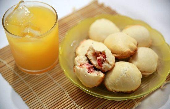Cách làm bánh quy bọc xúc xích thơm ngon mới lạ cho bữa sáng