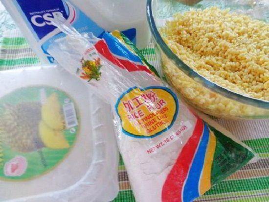 Cách làm bánh dẻo lá dứa nhân đậu xanh đón Tết Trung thu