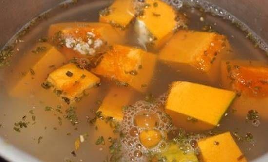 Cách nấu cháo bí đỏ đậu xanh ngon bổ