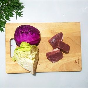 Thịt bò tránh chọn bò có gân hoặc mỡ