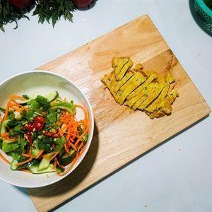Salad dưa leo trứng gà