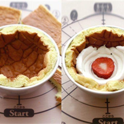 Bánh bông lan dâu tây