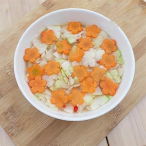 Dưa món su hào cà rốt