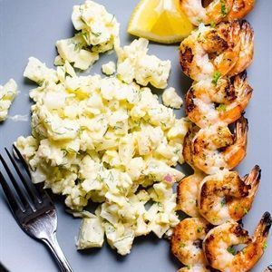 Salad bông cải trắng khoai tây